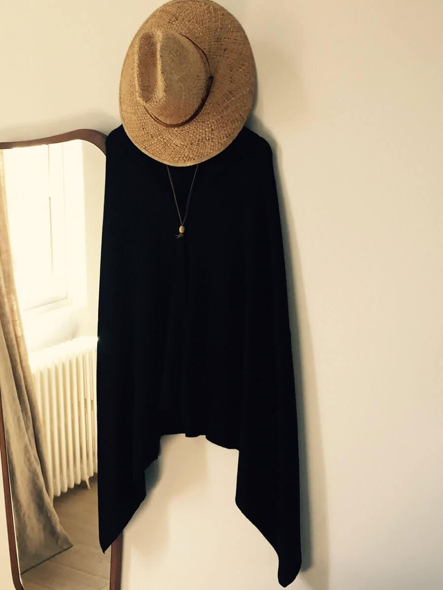 poncho 100 cachemire maison hap bordeaux paris. Black Bedroom Furniture Sets. Home Design Ideas